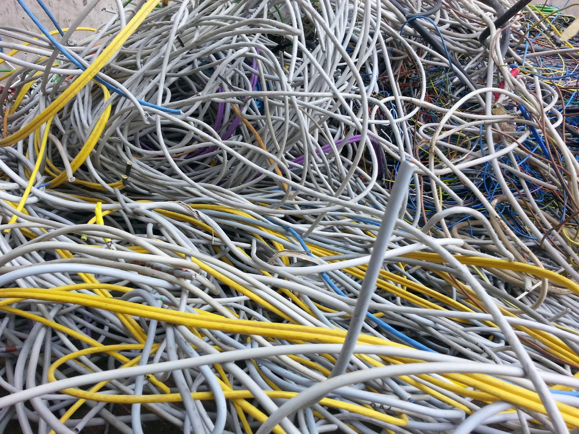 Großartig Kabel Und Kabel Recyceln Bilder - Der Schaltplan ...